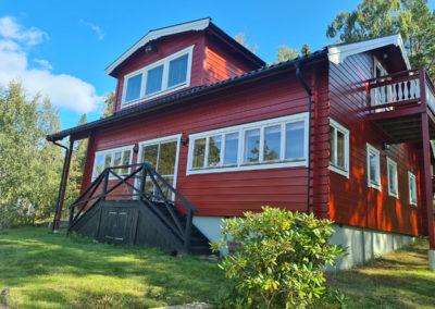 Målning utvändigt Muskö med Nordsjö Tinova premium Exteriör Classic Red